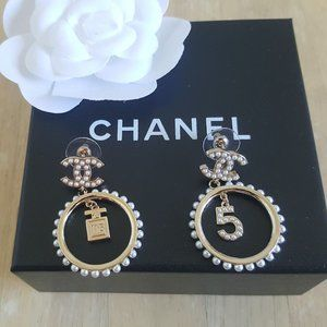 Chanel Metal Glass Pearls Strass Gold Earrings